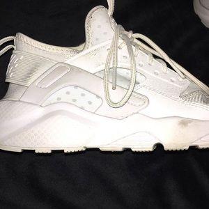 Nike haurache sneakers